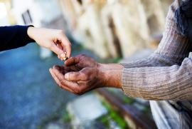 Nghĩ về từ thiện & bố thí