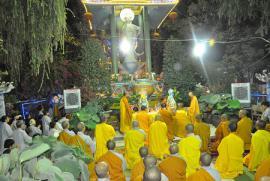 Có phải niệm Phật hồi hướng cho bệnh nhân ở bệnh viện sẽ bị phần âm đeo bám không?