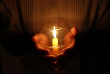 Đi tìm ngọn đèn