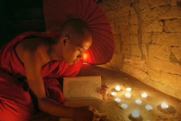 Phật dạy về nghiệp báo sai biệt của mỗi người