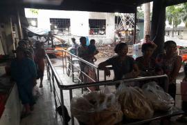 Chùa Bửu Châu tặng 300 phần quà Tết cho các bệnh nhi tại Bệnh viện đa khoa Bình Dương