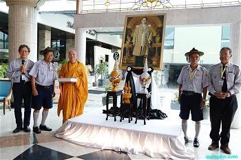 thichnguyentang_tang-le-vua-thai-lan-1-