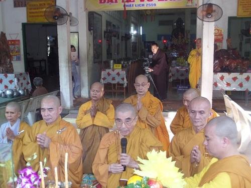 Người Tu Sĩ Cần Những Phẩm Hạnh Gì Mới Được Đặt Pháp Danh Cho PhậtTử?
