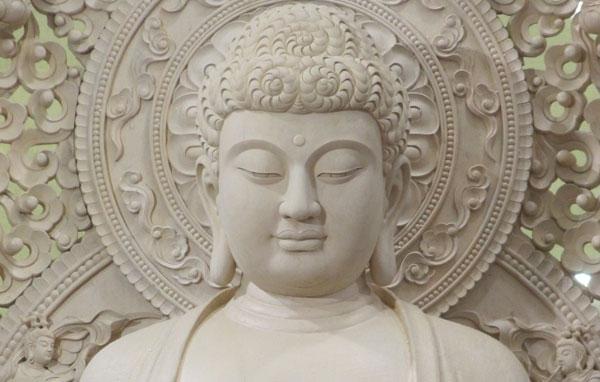 Kết quả hình ảnh cho Dạy con niệm Phật