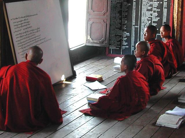 Kết quả hình ảnh cho Tìm hiểu về giáo dục Phật giáo