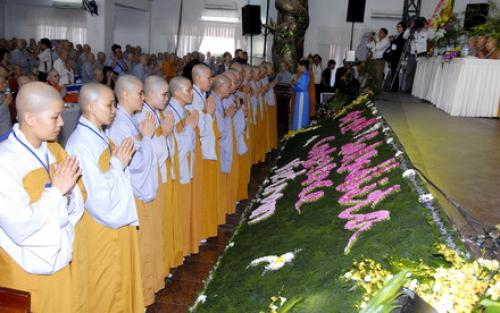Kết quả hình ảnh cho Vai trò của Ni giới Việt nam trong xã hội hiện nay