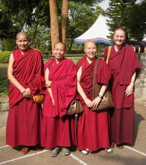 Các tỳ kheo ni Tây Tạng