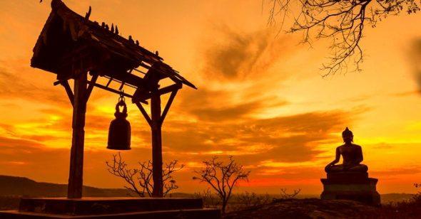 Việc tu hành không đòi hỏi ta phải đến chùa hoặc phải có thời gian cố định. Chỉ cần kiểm nghiệm tư tưởng và hành vi của mình trong mọi sinh hoạt, đó là tu.