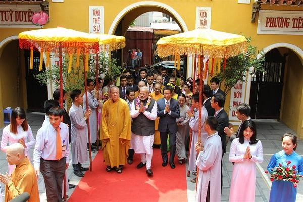 Thủ tướng India rời chùa Quán Sứ
