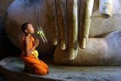 Nói với Bồ tát nói với chính mình - Lyly Nguyễn